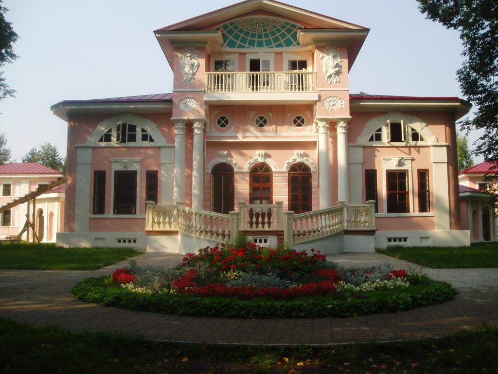 Памятник природы «Старый парк». Усадебный дом Брянчаниновых