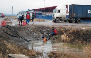 Прочистка трубопереезда на оградительном канале ОГР-13