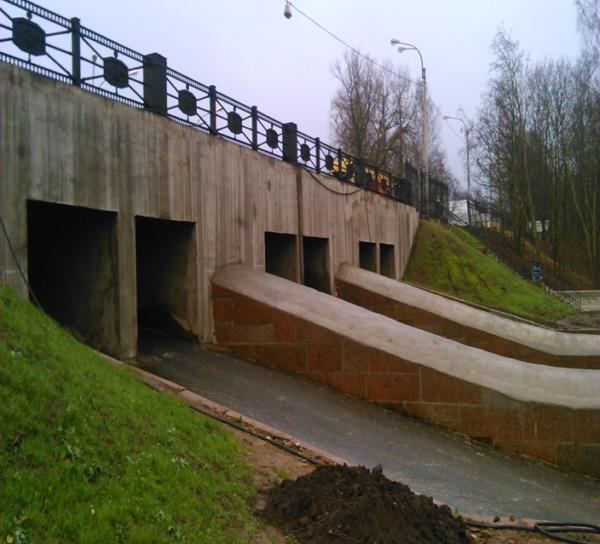 Плотина Охтинского водохранилища после выполнения работ по капитальному ремонту