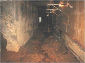 Рисунок 8. Подтопление подземных галерей подвальных помещений Ладожского вокзала напорными подземными водами