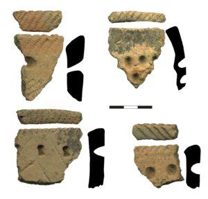 Рисунок 6. Типичная гребенчато-ямочная неолитическая керамика