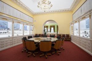 Вид зала «Геология Санкт-Петербурга и Ленинградской области»